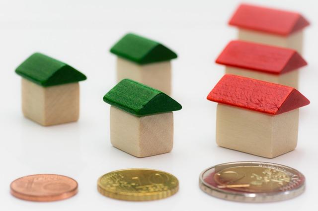tři mince a šest domků.jpg