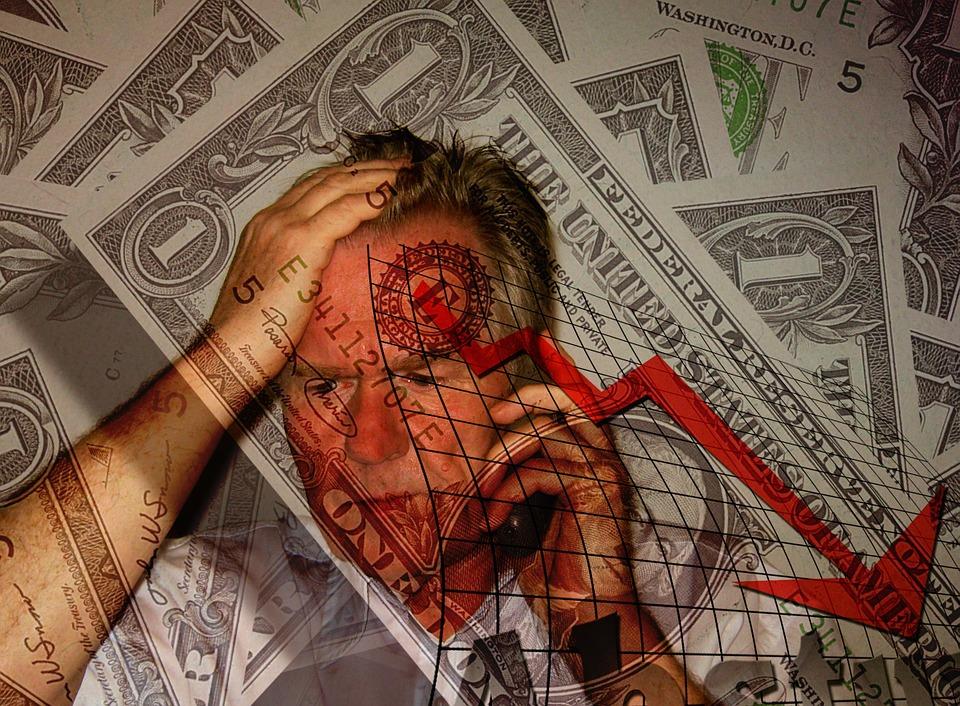 těžkosti s penězi